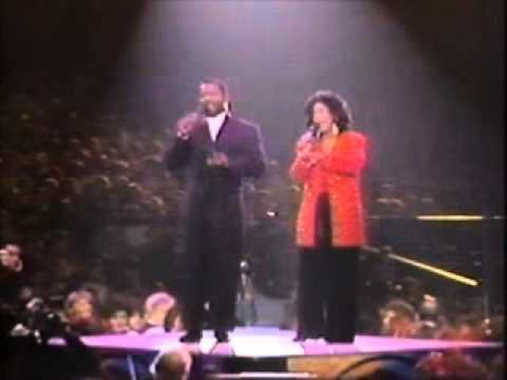 "BeBe and CeCe Winans ""For Unto Us a Child is Born"""